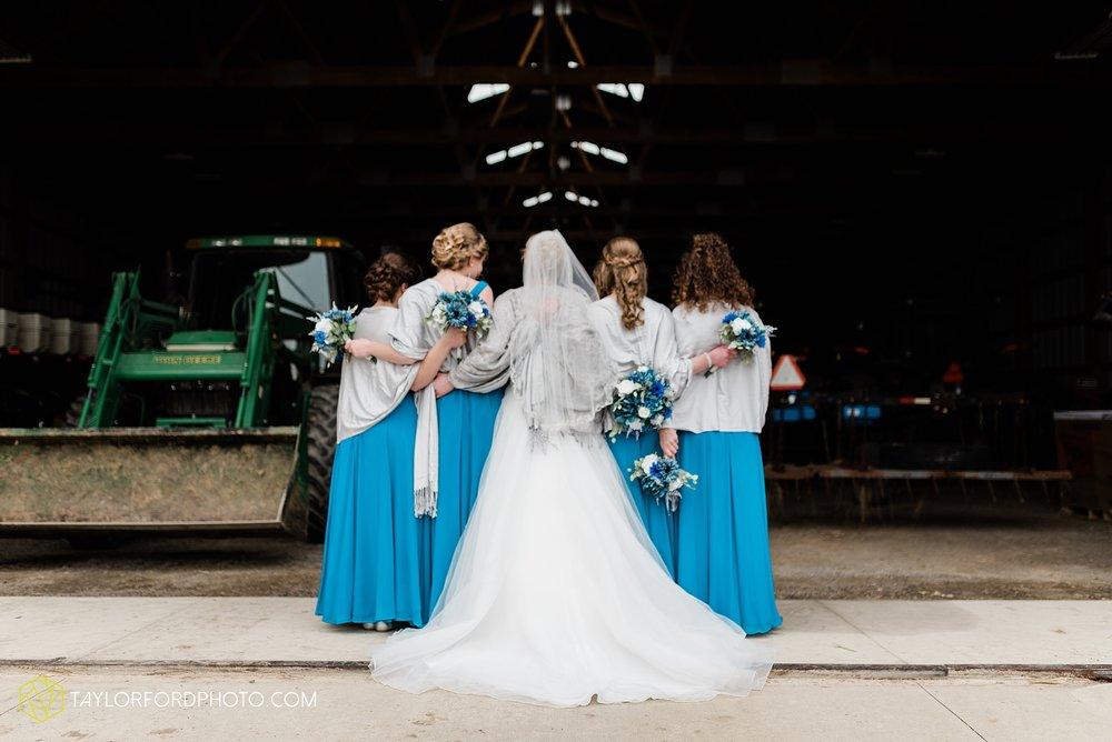 pleasant-view-church-christmas-celina-fraternal-order-of-eagles-reception-wedding-wren-willshire-van-wert-ohio-photography-taylor-ford-hirschy-photographer_2170.jpg