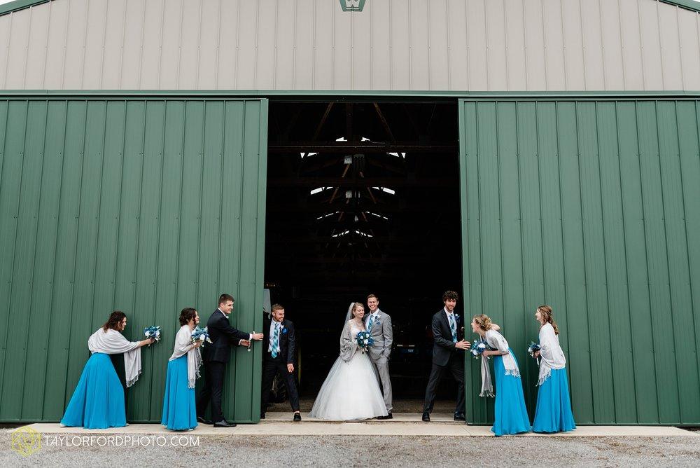 pleasant-view-church-christmas-celina-fraternal-order-of-eagles-reception-wedding-wren-willshire-van-wert-ohio-photography-taylor-ford-hirschy-photographer_2176.jpg