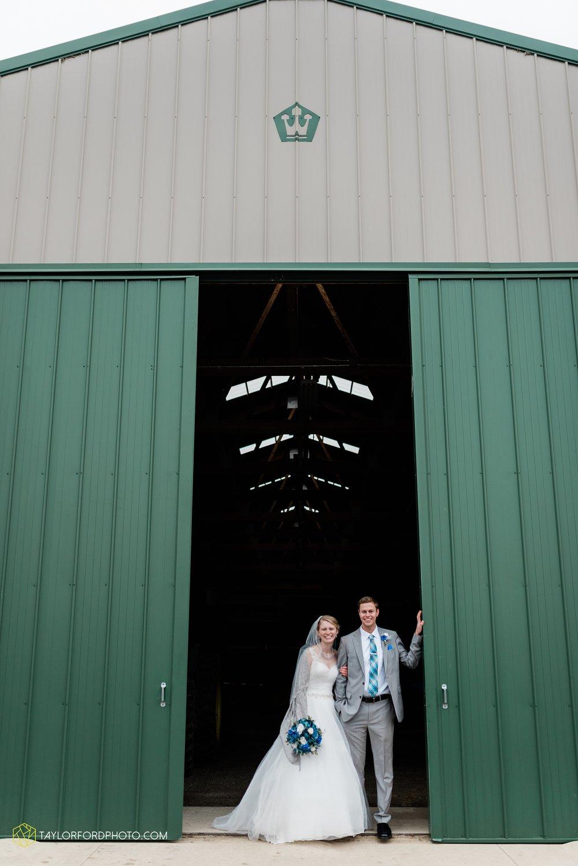 pleasant-view-church-christmas-celina-fraternal-order-of-eagles-reception-wedding-wren-willshire-van-wert-ohio-photography-taylor-ford-hirschy-photographer_2177.jpg