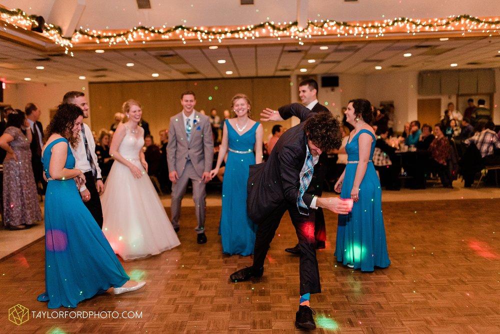 pleasant-view-church-christmas-celina-fraternal-order-of-eagles-reception-wedding-wren-willshire-van-wert-ohio-photography-taylor-ford-hirschy-photographer_2204.jpg