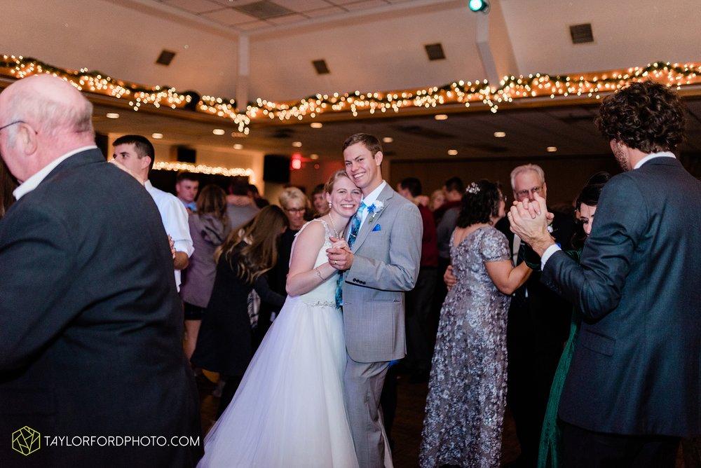 pleasant-view-church-christmas-celina-fraternal-order-of-eagles-reception-wedding-wren-willshire-van-wert-ohio-photography-taylor-ford-hirschy-photographer_2212.jpg