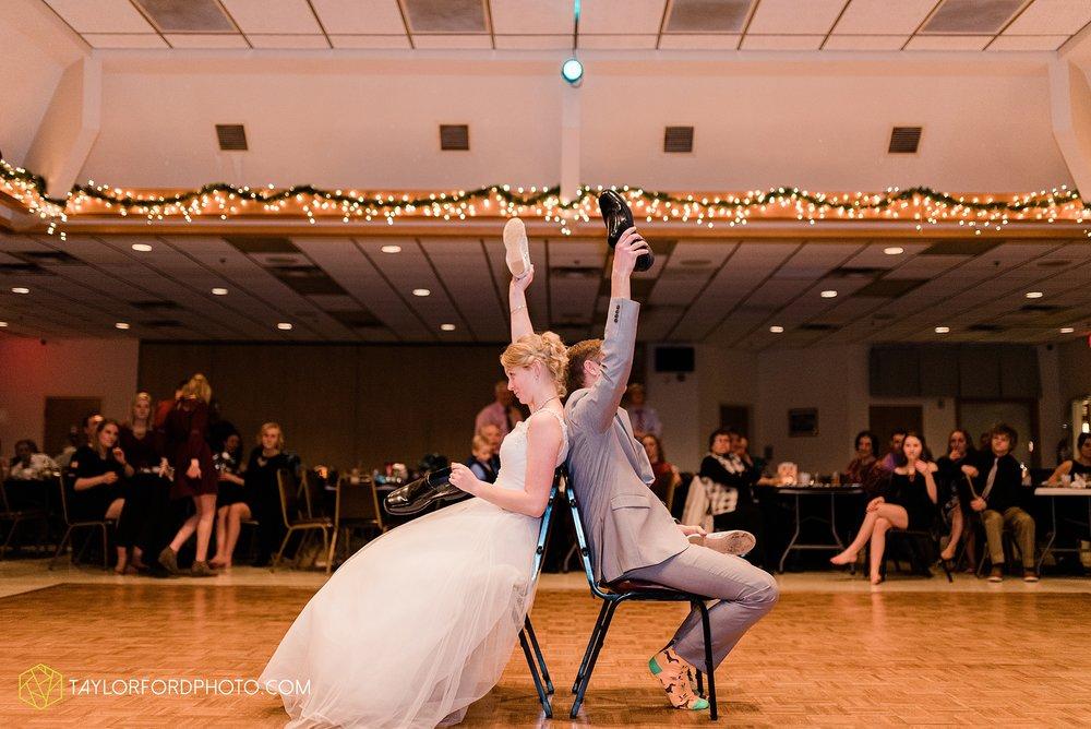 pleasant-view-church-christmas-celina-fraternal-order-of-eagles-reception-wedding-wren-willshire-van-wert-ohio-photography-taylor-ford-hirschy-photographer_2223.jpg