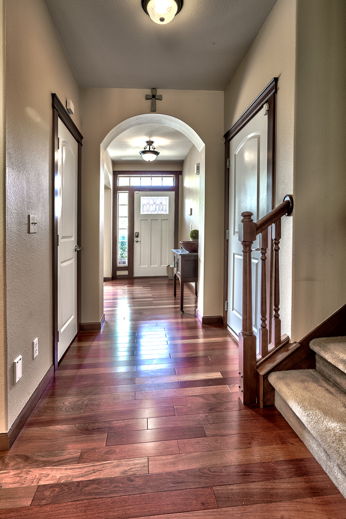 22822 SE 268th Pl MV entry way.jpg
