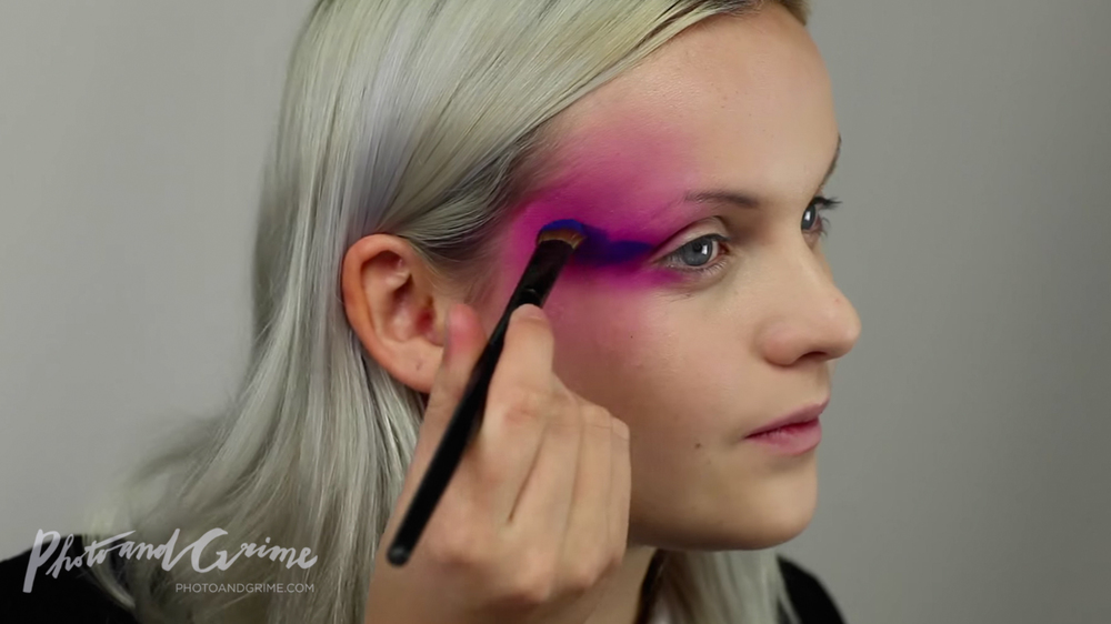 artistic fashion makeup tutorial PUNCHINGPICTURES Marly van den Bosch 02.jpg