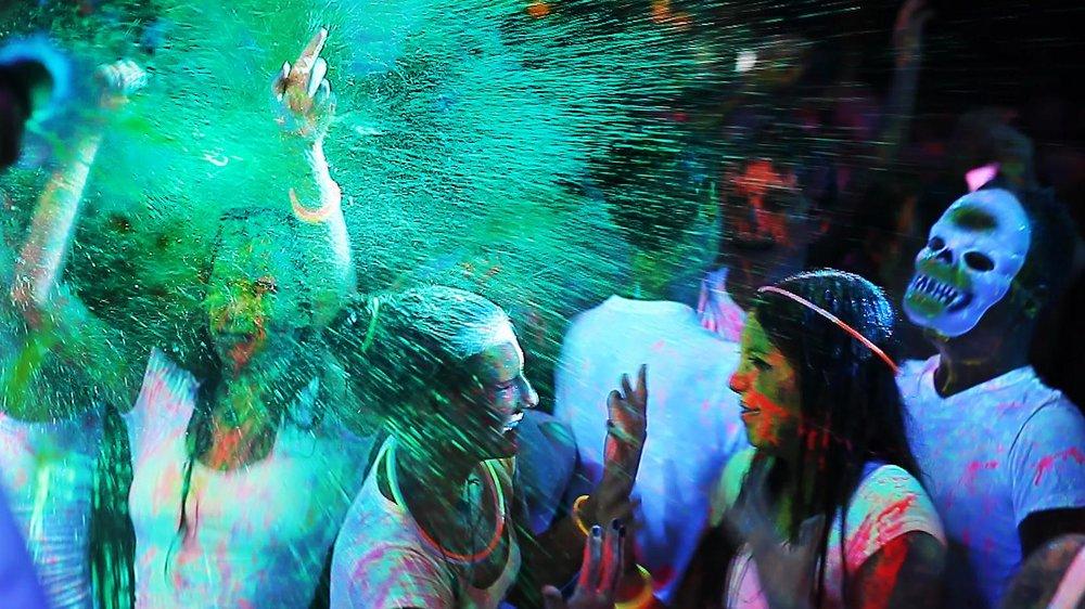 Pieke Roelofs photoandgrime glow paint.jpg