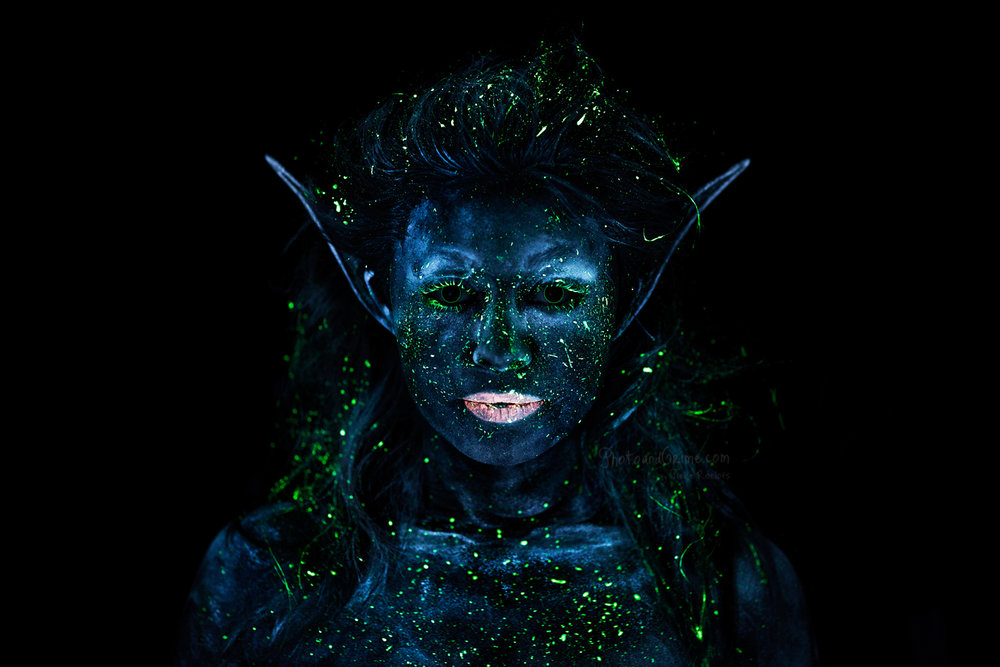UV blacklight Fairy (2014). (Make-up artist Marthe Neus)
