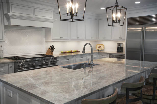 Quartzite-covered counters