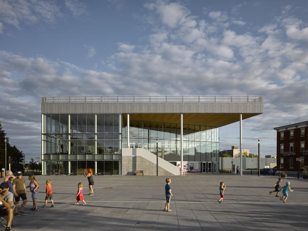 Théâtre Gilles-Vigneault,  Atelier Tag