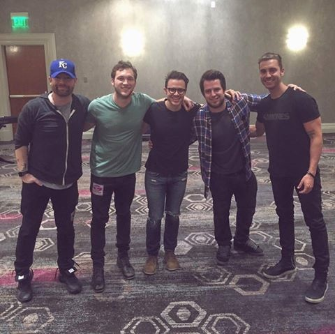 Photo posted by Kris Allen (rehearsals for finale)