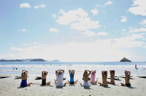 sup yoga beach warmup web