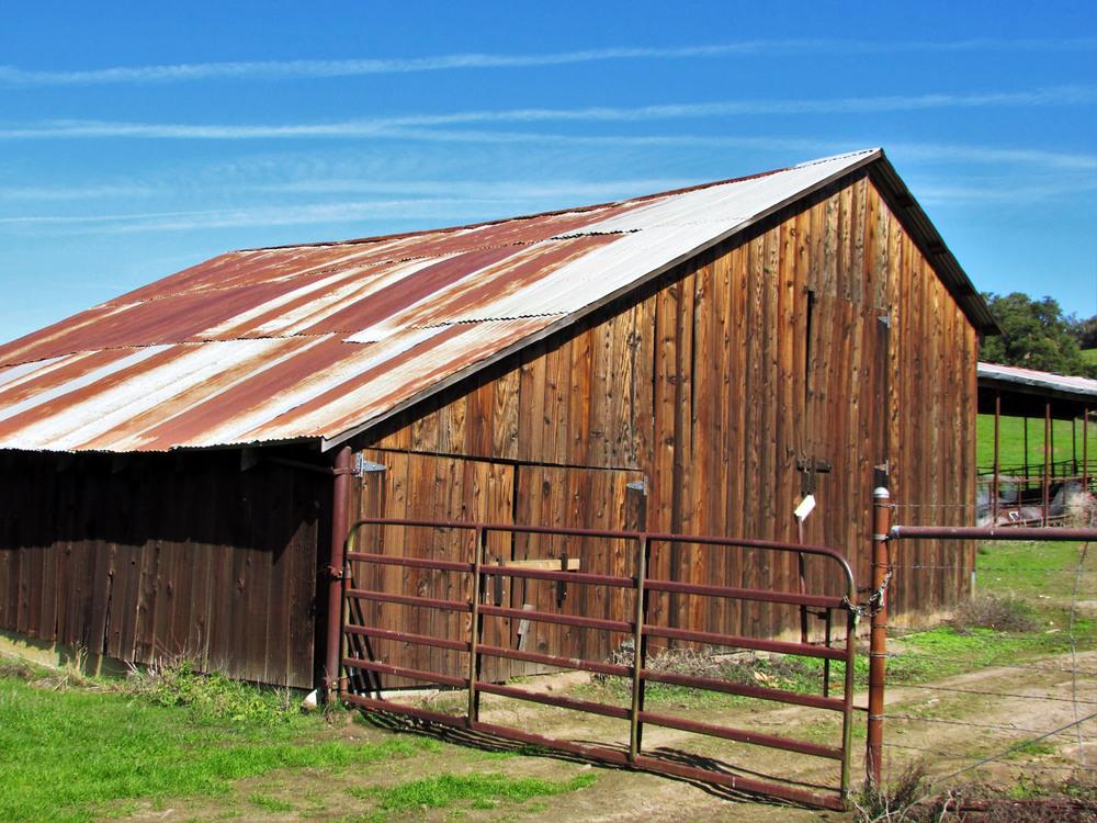 Los-Alamos-California_OLD_BARN1.jpg