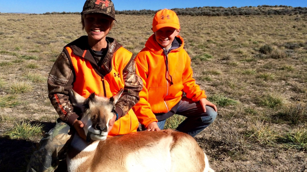 utah doe pronghorn antelope hunt deseret hunter
