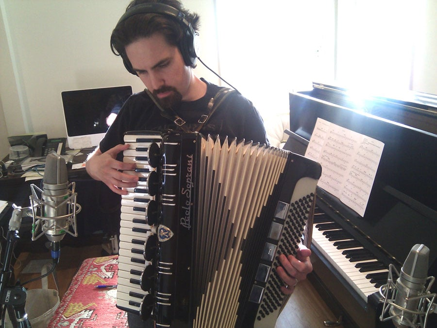 Recording-accordion(web)