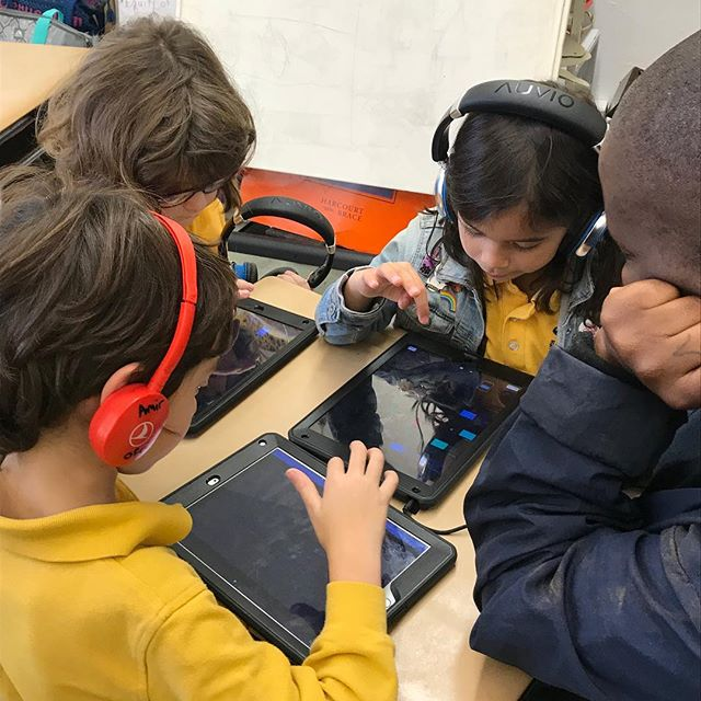 SAFA! is back for another amazing school year at PS316 in Crown Heights. Get ready to hear some amazing tracks from these talented elementary students! #sonicartsforall . . . . . . #nyc #brooklyn #music #musictechnology #musictech #children #education #kids  #newyorkcity #sonicarts #soundart #sound #tech #classroom #musiclessons #learning #musiceducation  #electronicmusic #synths #midi #musiced #newyork #specialed #specialeducation
