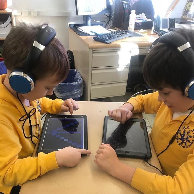 The joys of collaborative music making can happen at any age, and our students are the living proof!  #sonicartsforall . . . . . . #nyc #brooklyn #music #musictechnology #musictech #children #education #kids  #newyorkcity #sonicarts #soundart #sound #tech #classroom #musiclessons #learning #musiceducation  #electronicmusic #synths #midi #musiced #newyork #specialed #specialeducation