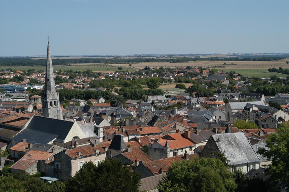 Vue de la ville du haut de la tour carrée