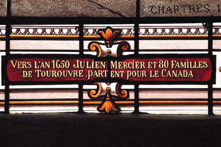 Détail des vitraux commemorant l'émigration