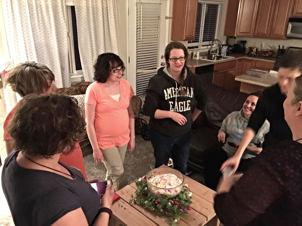 march-2016-pregnancy-circle-edens-roots-2.jpg