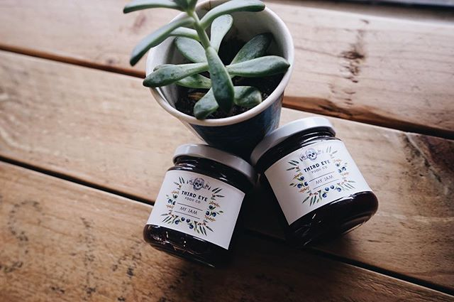 🎥: @tiedyedtofu_ // who got to try @thirdeyefoodco jam at Blissmass? We've got it stocked at @makersyd if you missed out 💦👅