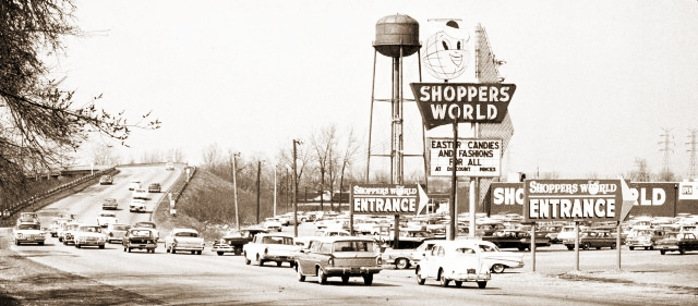 shopwld-sign-1.jpg