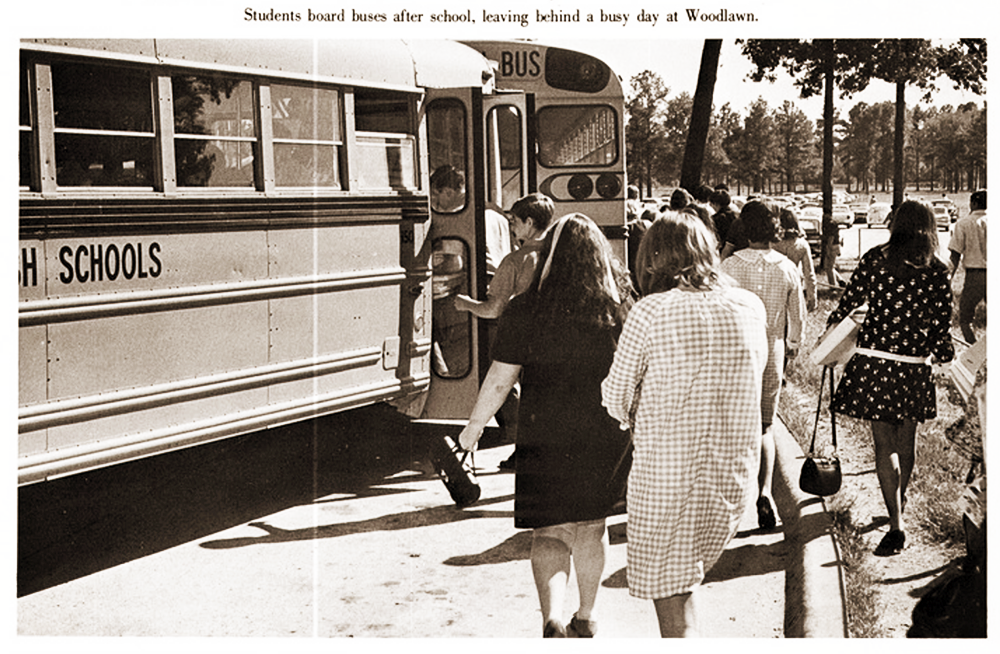 school-bus-vintage-1970s-1.png