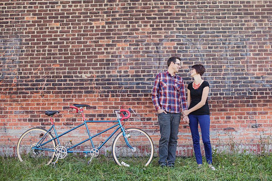 detroit-mercantile-detroit-eastern-market-engagement-photos-bicycle-eryn-shea-photography-01