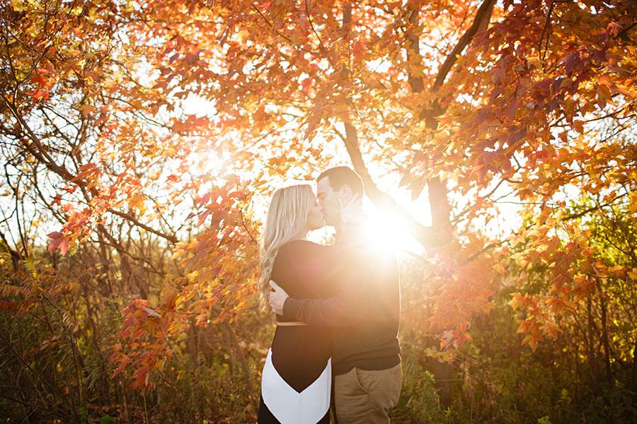 windsor-wedding-photography-photographer-engagement-session-field-engagement-sunset-18
