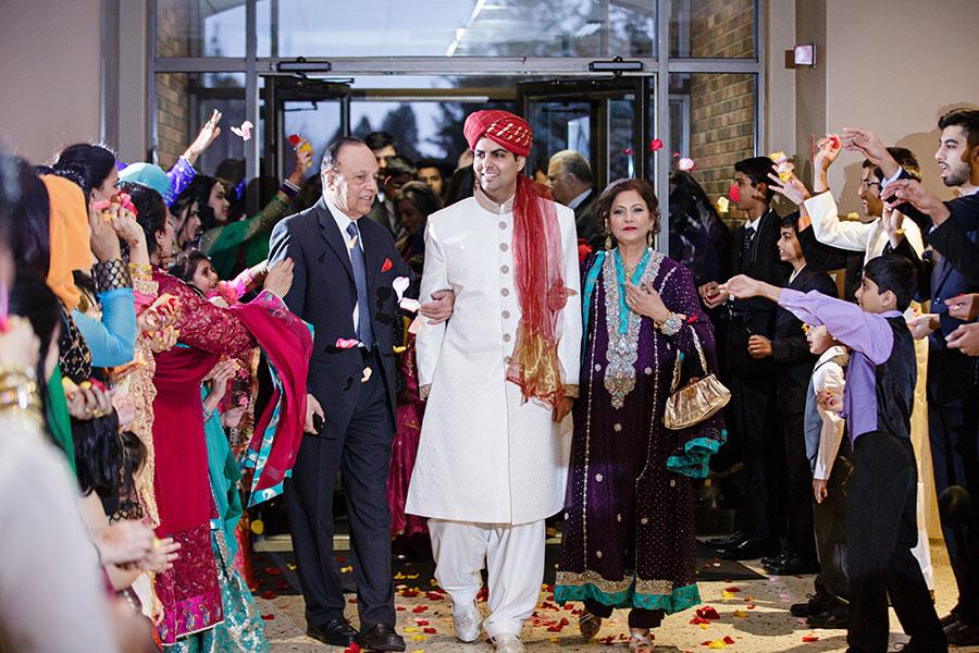 windsor-ontario-pakistani-bride-wedding-traditional-art-gallery-of-windsor-32