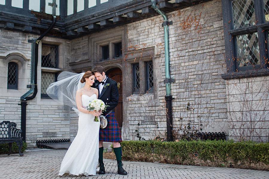 windsor-wedding-willistead-manor-intimate-scottish-groom-kilt-eryn-shea-photography-21