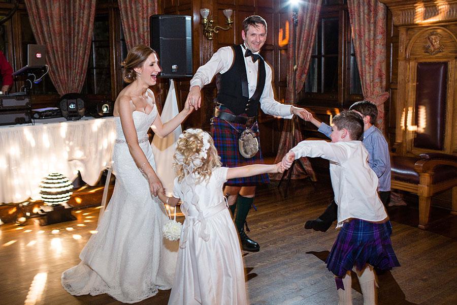 windsor-wedding-willistead-manor-intimate-scottish-groom-kilt-eryn-shea-photography-65