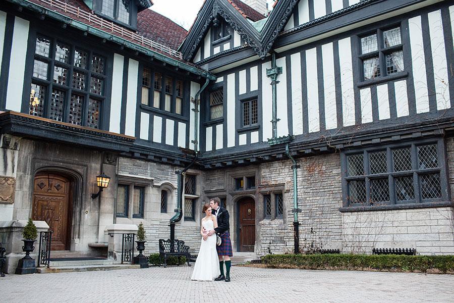 windsor-wedding-willistead-manor-intimate-scottish-groom-kilt-eryn-shea-photography-67