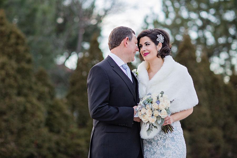 winter-wedding-windsor-willistead-manor-blue-wedding-dress-vintage-modern-01