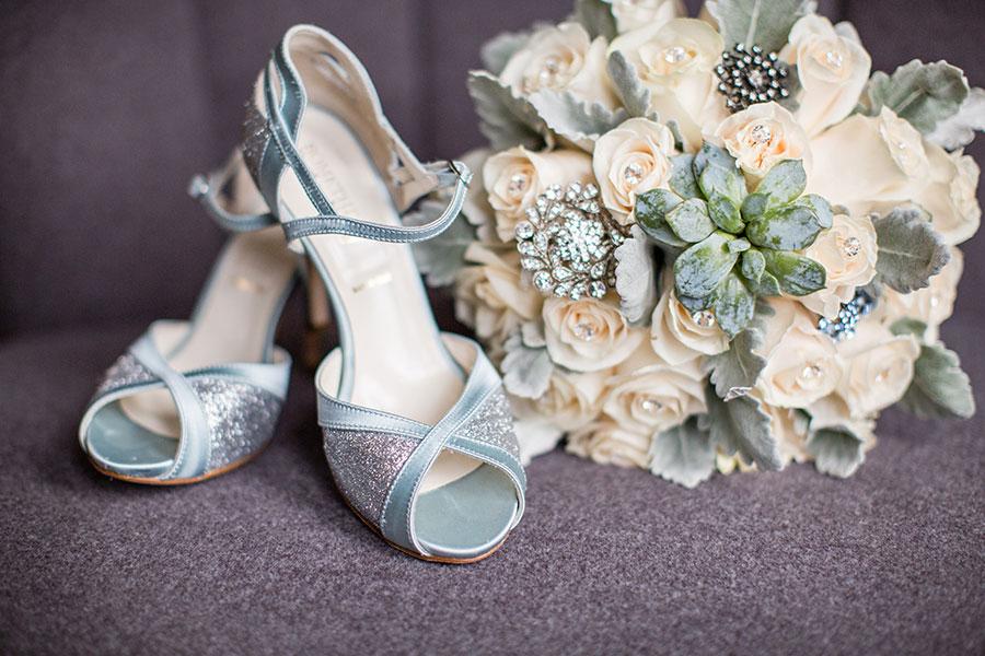 winter-wedding-windsor-willistead-manor-blue-wedding-dress-vintage-modern-07