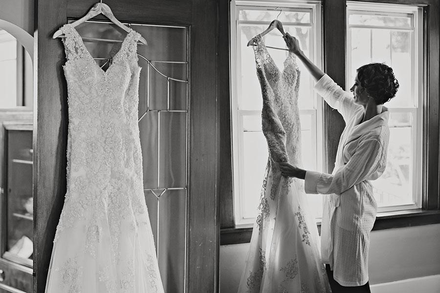 la-zingara-windsor-wedding-willistead-manor-eryn-shea-photography-vintage-modern-wedding-letterpess-11
