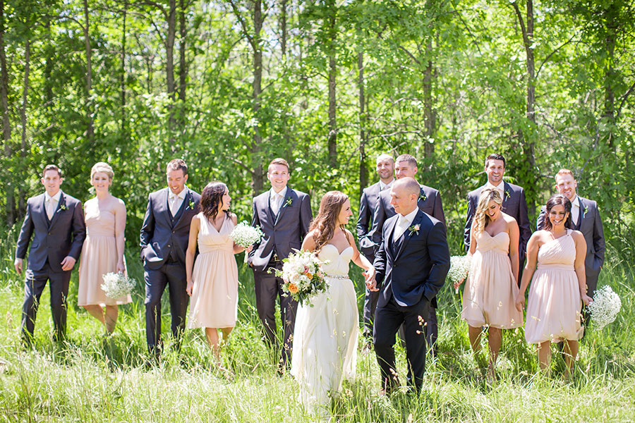 winery-wedding-oxley-estate-outdoors-bohemian-wedding-whimsical-sarah-seven-dress-windsor-photographer-037