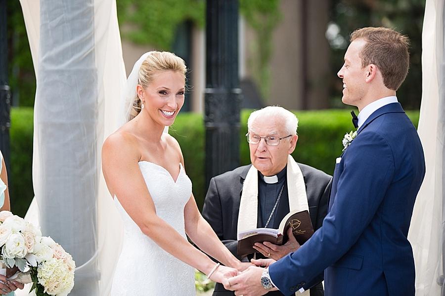 windsor-wedding-photographer-ontario-wedding-sprucewood-winery-wedding-hiram-walker-wedding_0026