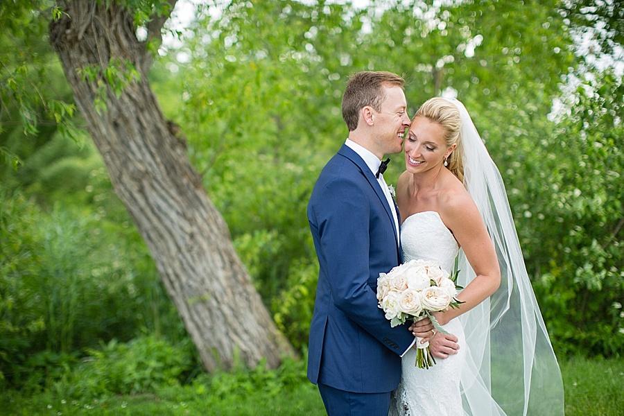 windsor-wedding-photographer-ontario-wedding-sprucewood-winery-wedding-hiram-walker-wedding_0050