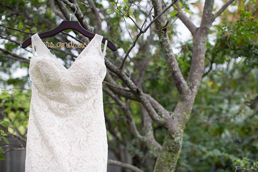 ottawa-wedding-botanical-cumberland-village-outdoor-wedding-flower-crown-ottawa-wedding-photographer-eryn-shea-photography_0007