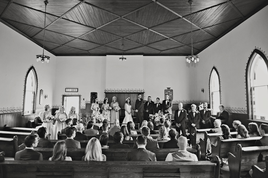 ottawa-wedding-botanical-cumberland-village-outdoor-wedding-flower-crown-ottawa-wedding-photographer-eryn-shea-photography_0048