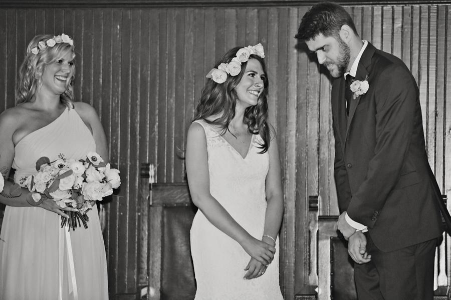 ottawa-wedding-botanical-cumberland-village-outdoor-wedding-flower-crown-ottawa-wedding-photographer-eryn-shea-photography_0049