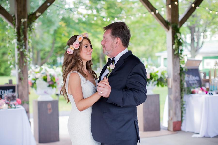 ottawa-wedding-botanical-cumberland-village-outdoor-wedding-flower-crown-ottawa-wedding-photographer-eryn-shea-photography_0082