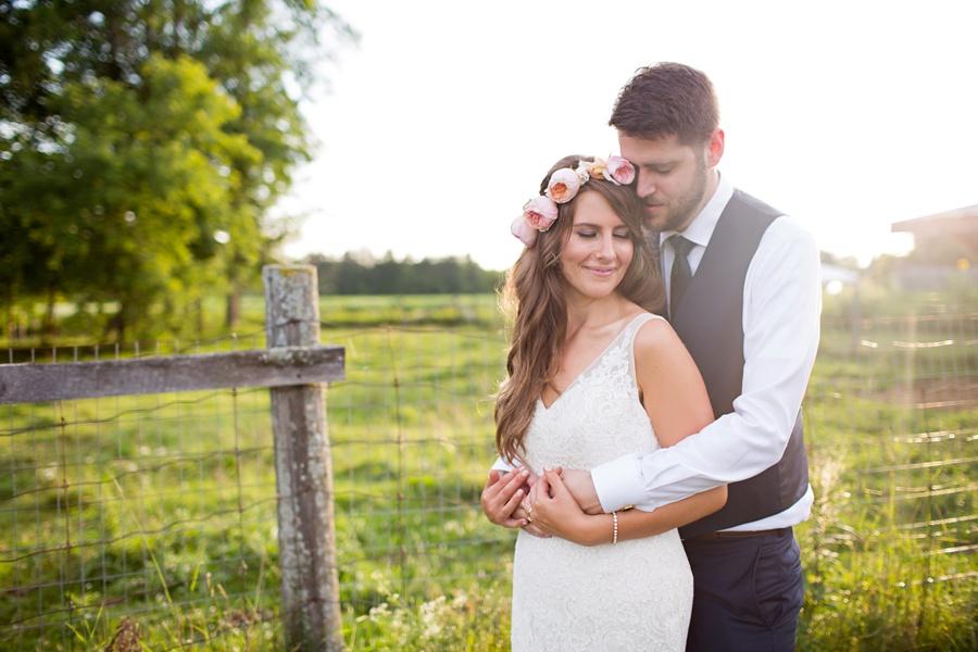 ottawa-wedding-botanical-cumberland-village-outdoor-wedding-flower-crown-ottawa-wedding-photographer-eryn-shea-photography_0089
