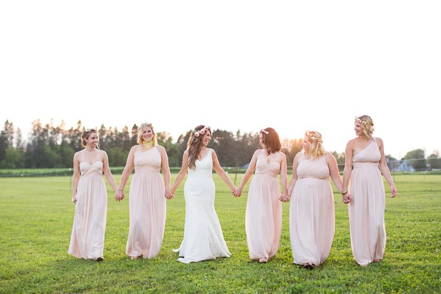 ottawa-wedding-botanical-cumberland-village-outdoor-wedding-flower-crown-ottawa-wedding-photographer-eryn-shea-photography_0092