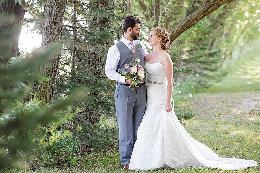 barn-wedding-diy-wedding-ontario-windsor-wedding-photographer-tremblay-farms-iron-kettle-bb_0001