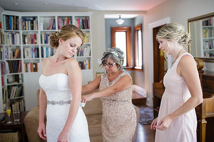 barn-wedding-diy-wedding-ontario-windsor-wedding-photographer-tremblay-farms-iron-kettle-bb_0012