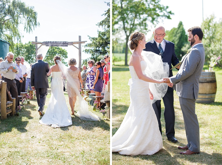 barn-wedding-diy-wedding-ontario-windsor-wedding-photographer-tremblay-farms-iron-kettle-bb_0027