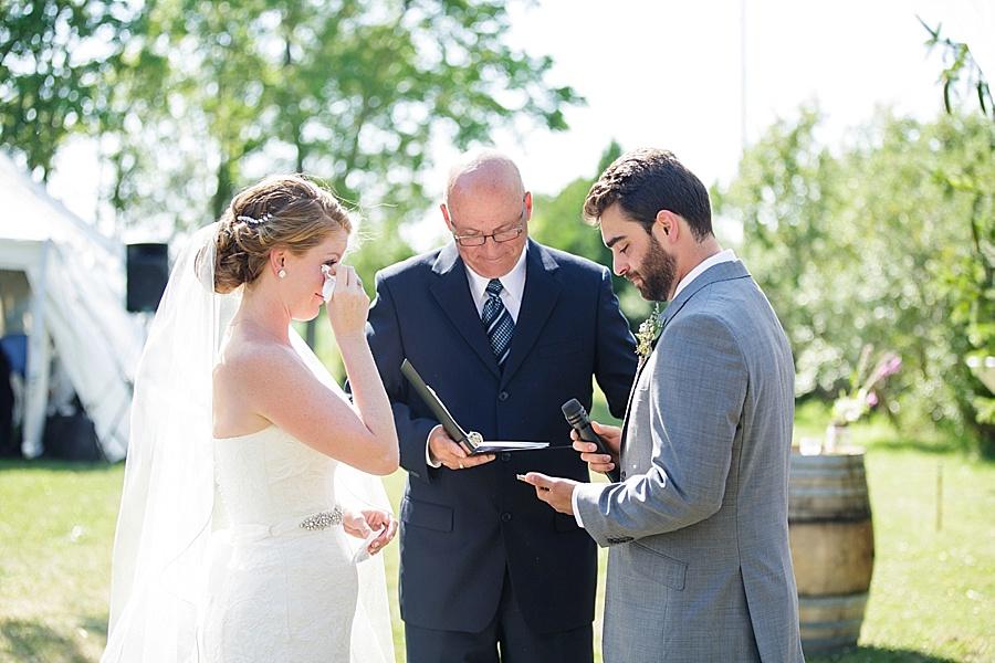 barn-wedding-diy-wedding-ontario-windsor-wedding-photographer-tremblay-farms-iron-kettle-bb_0032
