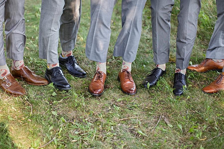 barn-wedding-diy-wedding-ontario-windsor-wedding-photographer-tremblay-farms-iron-kettle-bb_0043