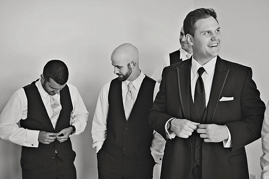 windsor-wedding-photographer-sacred-heart-parish-eryn-shea-photography_0004