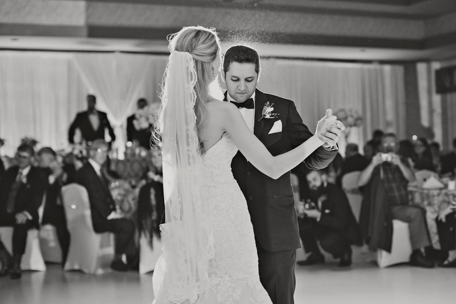 art-gallery-windsor-wedding-photographer-eryn-shea-photography_0042